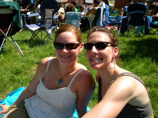 Melissa (left) and me at the festival